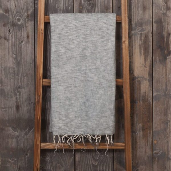 sjaal met verhaal plaid grijs fairtrade