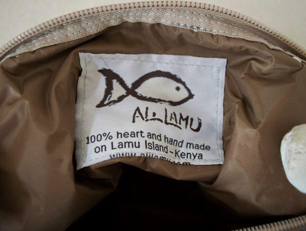 logo van Ali Lamu fairtrade tassen uit Kenia