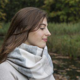 meisje sjaal met verhaal