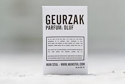 geurzakje parfum olijf
