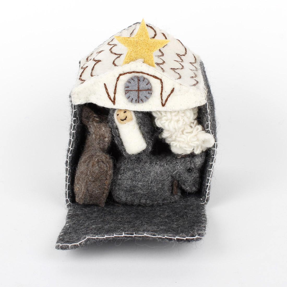 fairtrade kerstgeschenk kerststal in grijs en creme handgemaakt