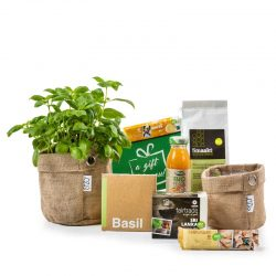 biologisch kerstpakket met 2 jute mandjes basilicum en lekkere dingen