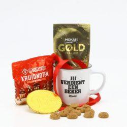 cadeaupakket Sinterklaas jij verdient een beker relatiegeschenk voor medewerkers en klanten