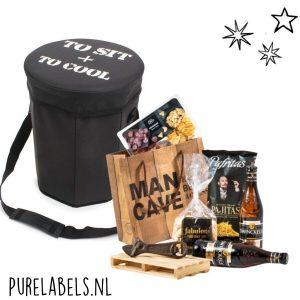 kerstpakket voor mannen mancave cadeaupakket relatiegeschenk purelabels.nl