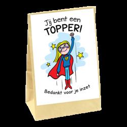 bedrijfsgeschenk zakje bloembollen met daarop een kaart met opdruk jij bent een topper, bedankt voor je inzet