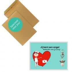 cadeautje voor zorgmedewerkers kaart met sleutelhanger engel